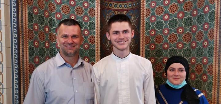 Hafiz za roditeljima